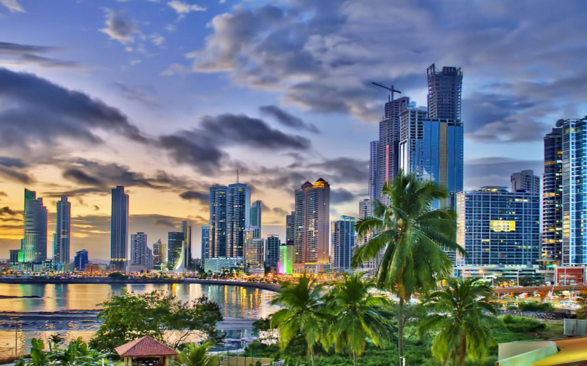 panama-wallpaper-2880x1800.jpg